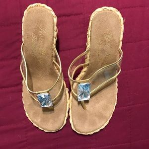 Shoes - Womens Wedge Sandals Size 7M